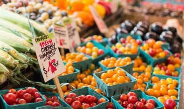 Weekend Wanderings- The Brantford Farmer's Market